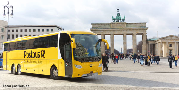Postbus in Berlin, Brandenburger Tor