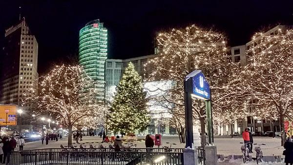 Potsdamer Platz zur Silvesterzeit